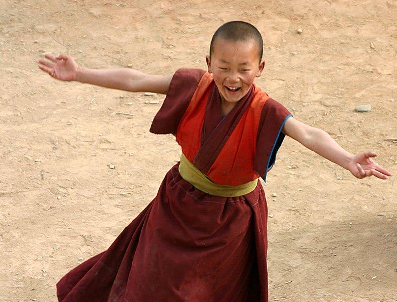 xiahe-young-monk