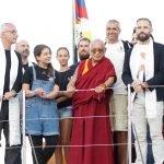 Lama Zopa Rinpoche e Angelo Vaira sulla nave di Sea Sheperd